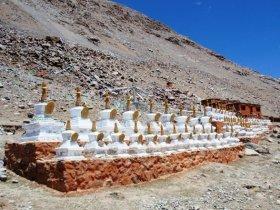 Dirapuk Monastery Trekking