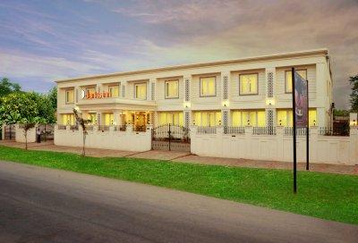 Clarks Inn - Hampi